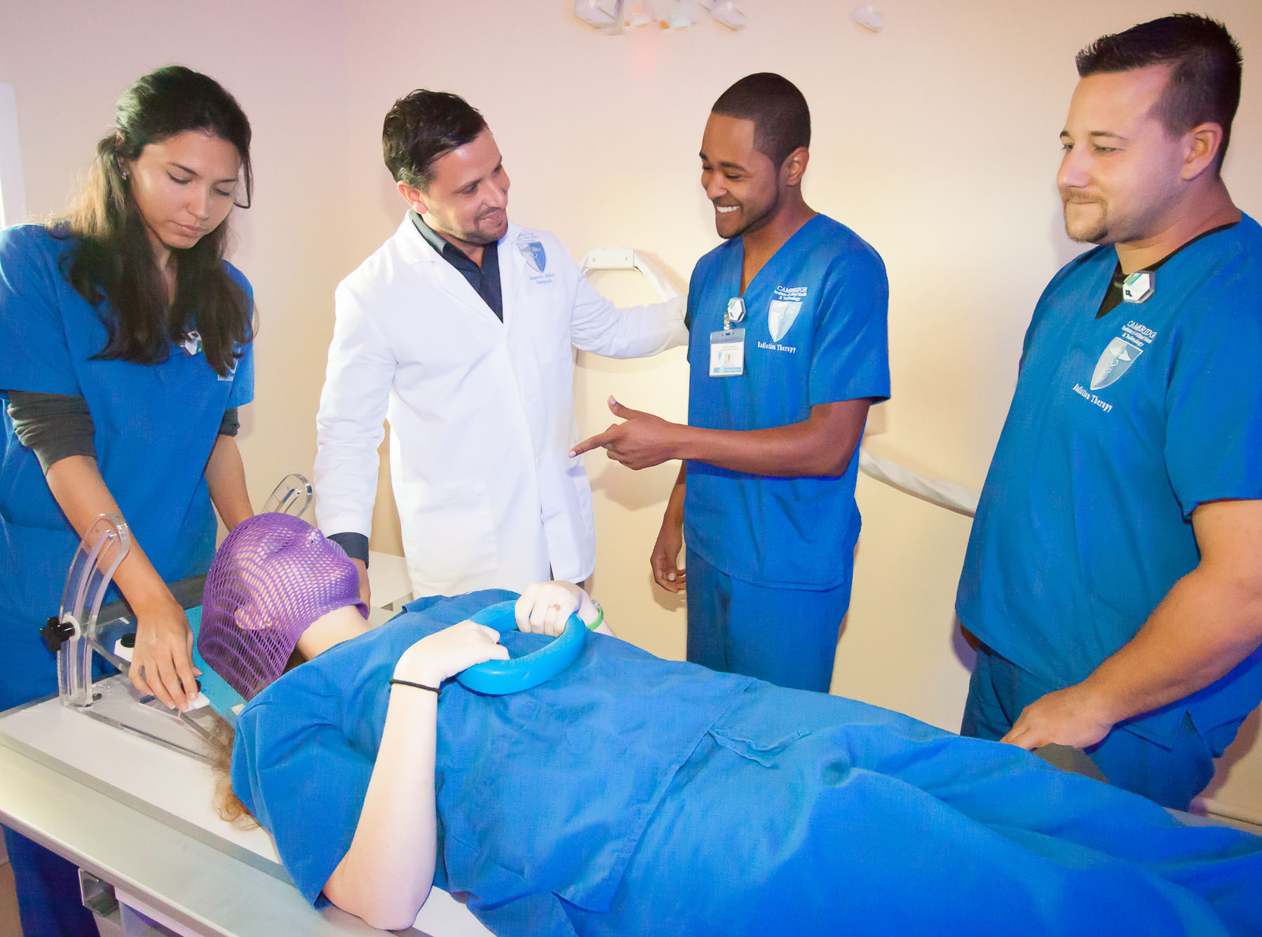 radiation therapist how to become